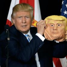 """Kaukė """"Donaldas Trumpas"""""""