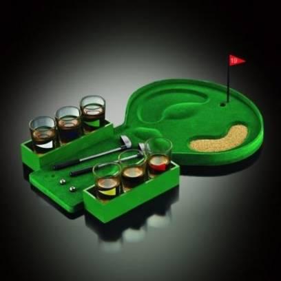 Gėrimų žaidimas - golfas